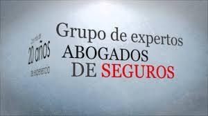 grupo-de-expertos-abogados-que-trabajan-en-las-compañias-de-seguros-300x168